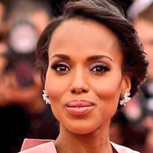Kerry Washington kept her mane simple and elegant